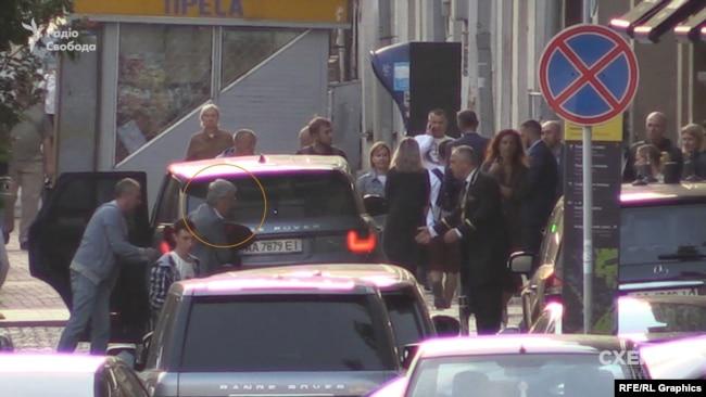 На ювілеї у соратника Медведчука Григорія Суркіса відгуляли голова СБУ Баканов та помічник Зеленського. ФОТО. ВІДЕО