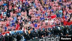 Hrvatski navijači tokom utakmice Hrvatska - Češka na Europskom nogometnom prvenstvu, 17. lipnja 2016.