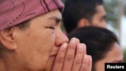 Жители Ташкента оплакивают умершего президента Ислама Каримова.