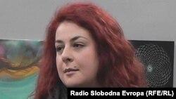 Јелена Пероска.