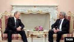 Սերժ Սարգսյանը և Վլադիմիր Պուտինը հանդիպման ժամանակ, արխիվ