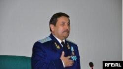 Собиқ бош прокурор Рашитжон Қодиров.