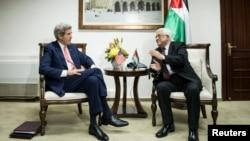 Джон Керрі на зустрічі з Махмудом Аббасом