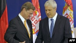 Președintele sîrb Boris Tadic și Guido Westerwelle la Belgrad