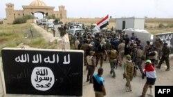 Ирактын өкмөт күчтөрү Тикрит шаарында. 1-апрель, 2015-жыл.