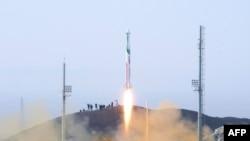 Ирандағы ракета сынағы. Көрнекі сурет.