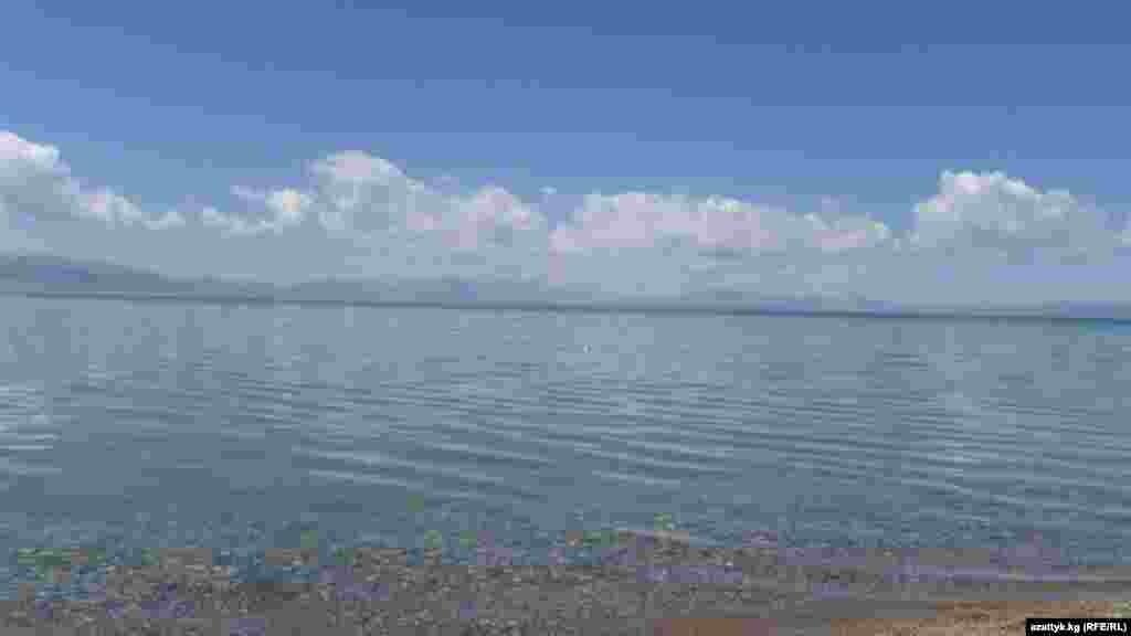 Соң-Көлдүн тереңдиги 13 метр, туурасы 18, узундугу 29 км. созулат.