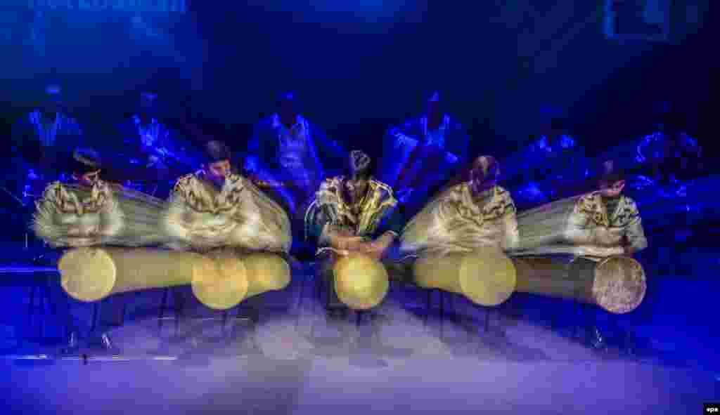 The Tajik folk band Zeba performs at the Salmiya Theater in Kuwait City. (epa/Raed Qutena)