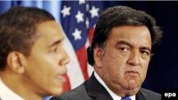 Барак Обама Нью-Мексико штатынын губернатору Билл Ричардсон менен