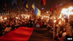 Минулорічна смолоскипова хода, Київ, 1 січня 2015 року