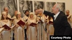 """Камерниот хор на Еврејската заедница во Република Македонија – """"Маоис Хасон"""""""