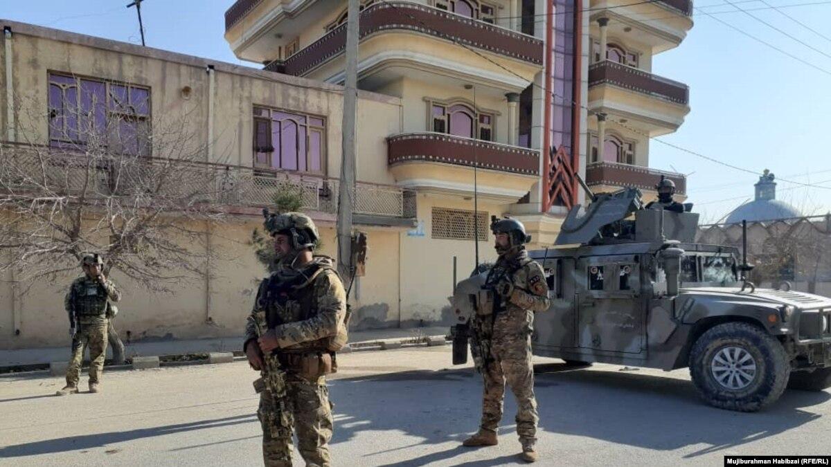 По меньшей мере 7 афганских солдат погибли в результате нападения талибов