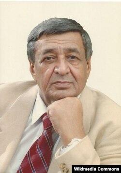 Arif Məlikov.