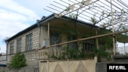 Fərda Qədirovun Gürcüsrandakı evi