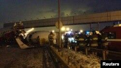 Специалисты МАК всю ночь работали на месте катастрофы ТУ-204 во Внуково.