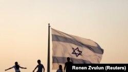 Un studiu recent arată că Ungaria este a doua țară din lume în privința numărului de persoane cu rădăcini evreiești. Foto: Ronen Zvulun/REUTERS.