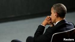 Президент США Барак Обама на поминальной службе по погибшим в школе в Ньютауне. 16 декабря 2012 года.
