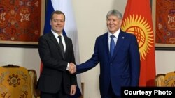 Дмитрий Медведев и Алмазбек Атамбаев