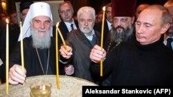 Патрыярх Сэрбскай праваслаўнай царквы Ірыней (зьлева)