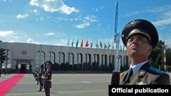 Армия Узбекистана.