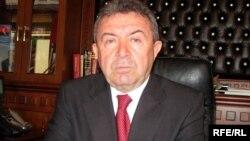 Təhsil naziri Misir Mərdanov