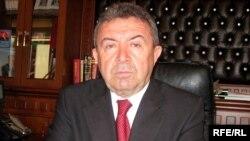 Министр образования Мисир Марданов, Баку, 28 декабря 2009 года
