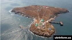 Острів Зміїний у Чорному морі