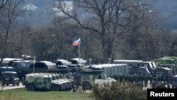 Расейскія вайскоўцы каля Сымфэропаля 27 сакавіка