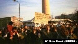 Demonstrație est-germană împotriva regimului Ceaușescu