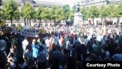 أبناء الجالية العراقية في تظاهرة أمام البرلمان الهولندي