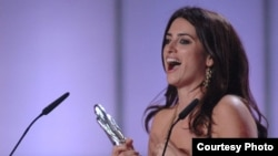 جایزه بهترین هنرپیشه نقش اول زن به فیلم «وولور» به کارگردانی «پدرو آلمادووار» و با بازی پنه لوپه کروز تعلق گرفت.
