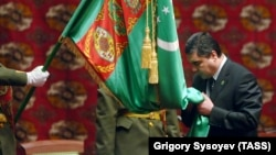 Turkmen President Gurbanguly Berdymukhammedov at his inauguration ceremony in Ashgabat in 2007. Twelve years later he is still in power despite a less than stellar record.