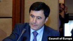 Тошкент дипломатлари раҳбари Владимир Норов.