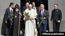 Armenia - Pope Francis, President Serzh Sarkisian and Catholicos Garegin II lay flowers at the Armenian genocide memorial in Yerevan, 25Jun2016.