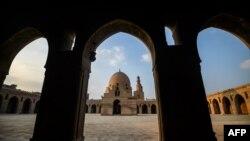 Мечеть Ибн Тулуна в Каире