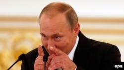 Президент России Владимир Путин во время выступления перед призерами Олимпийских игр.