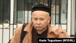 Азаматтық белсенді Мұрат Телібеков. Алматы, 15 сәуір 2014 жыл.