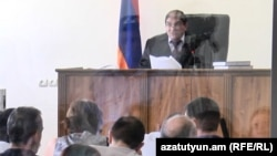 Դատարանըմերժեց Կարո Եղնուկյանի, Արմեն Լամբարյանի և Աշոտ Պետրոսյանի խափանման միջոցը փոխելու միջնորդությունները