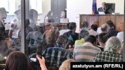 Судебное заседание по делу вооруженной группы «Сасна црер» (архив)