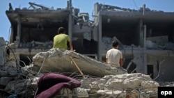 Руины дома после налета израильских ВВС, Рафах, сектор Газа, 21 августа 2014 года.