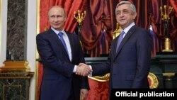 Հայաստանի և Ռուսաստանի նախագահները ՀԱՊԿ-ի գագաթնաժողովի ժամանակ, Մոսկվա, 21-ը դեկտեմբերի, 2015թ