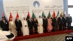 Катарда өтіп жатқан саммитке қатысушы елдердің президенттері мен министрлері. Доха, 15 қараша, 2011 жыл.