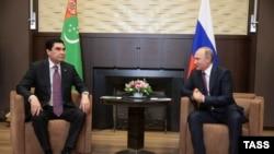 Президенты Туркменистана и России на встрече в Сочи, 01 ноября 2016