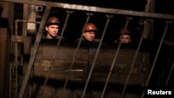 Шахтарі на шахті у Донецьку (архівне фото)