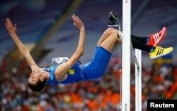 Переможний стрибок Богдана Бондаренка на Чемпіонаті світу в Москві, 15 серпня 2013 року