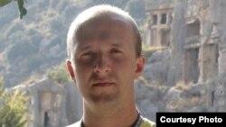 Павлодар облыстық «Версия» газетінің бас редакторы Ярослав Голышкин.