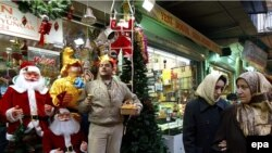 Западные традиции все глубже проникают в турецкий уклад жизни.