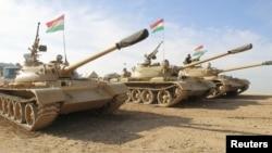 قوات مدرعة كردية في المناطق المتنازع عليها في محيط كركوك.