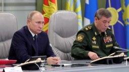 "Путин во время испытаний ""Авангарда"""