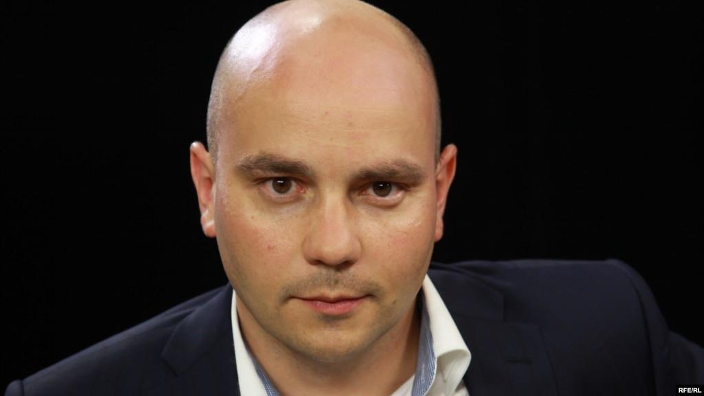Петербургского оппозиционера Пивоварова оштрафовали поделу овзятке